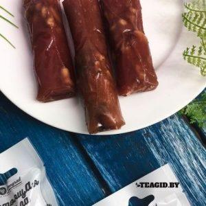Чурчхела из черной смородины с грецким орехом